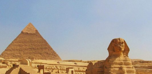 Low cost tour to Egypt