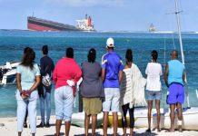 Malabar News_ Mauritius Shipwreck Leaks