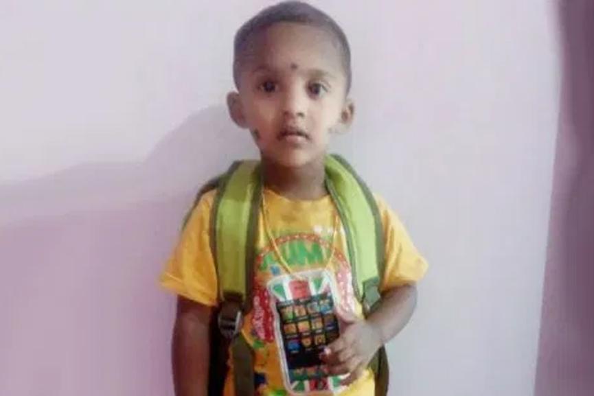child-death-protest-in-aluva_2020 Aug 29