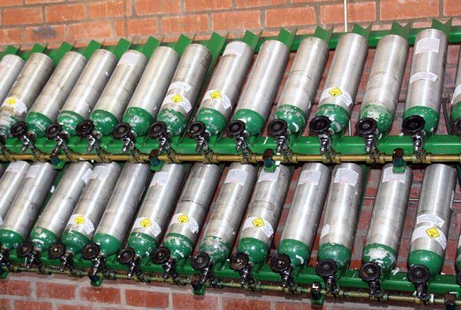 Malabar News_oxygen-cylinders