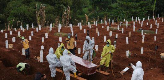 MalabarNews_indonesia grave digging