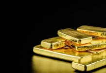 Gold worth Rs 1 crore seized in Nedumbassery