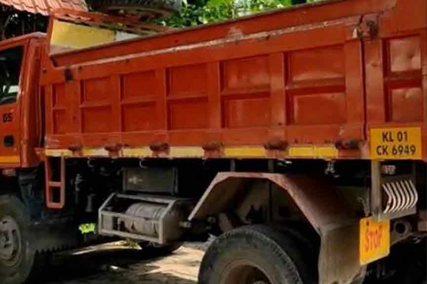 Malabar-News_SV-Pradeep-accident
