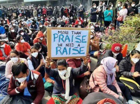 Malabar-News_aiims-nurses-strike