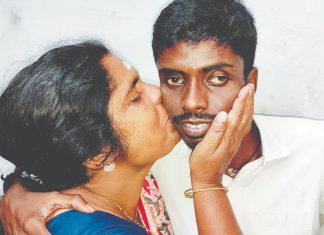 SREERAJ with Amma (Pathmini) _ Malabar News
