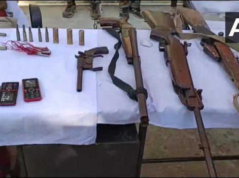 Naxals arrested in Jharkhand