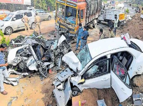 kuthiran road accident