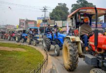 farmers-tractor-rally
