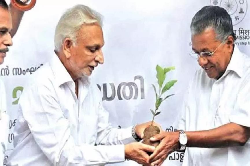 Sri M with Pinarayi Vijayan