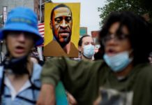 US Protesters Demand Justice In Trial Of Cop In George Floyd's Death Case