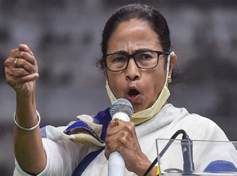 Mukul Roy was not a traitor, more will come; Mamata