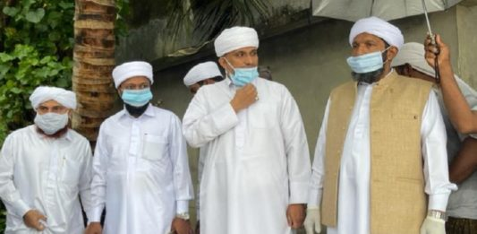 C Muhammed Faizy visiting sea attack area in Tanur