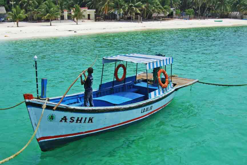 Government officials to monitor boats; Islanders say they want to intimidate protesters