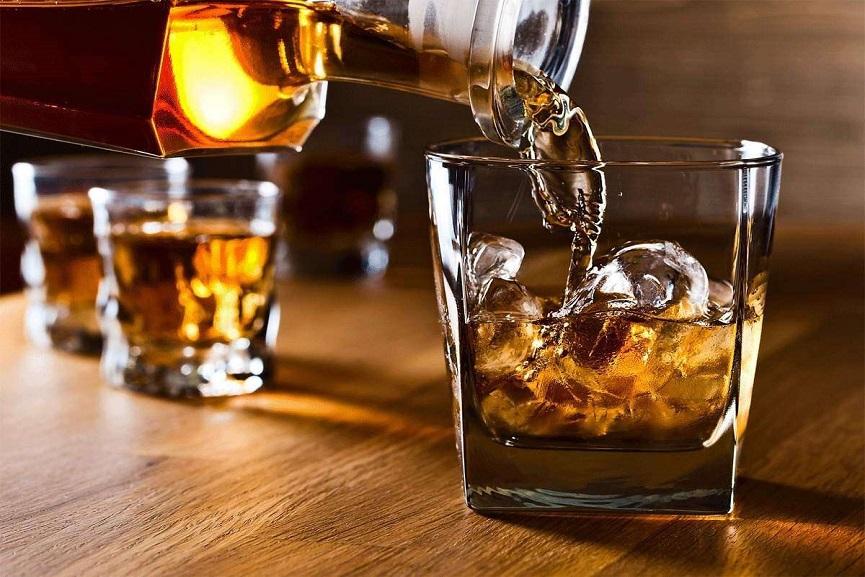 New liquor policy comes into effect in Delhi