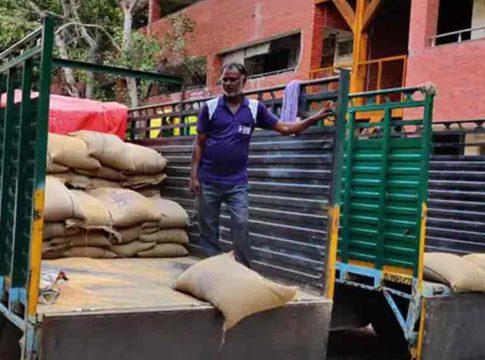 Centre Blocks Delhi's Ration Home Delivery