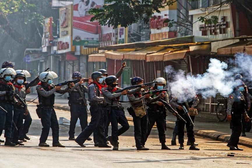 MYnmar-protest