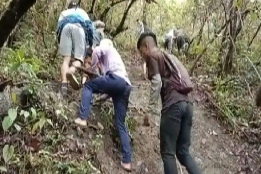 No Internet, Mizoram Students Climb Hill To Catch Signal For Online Test