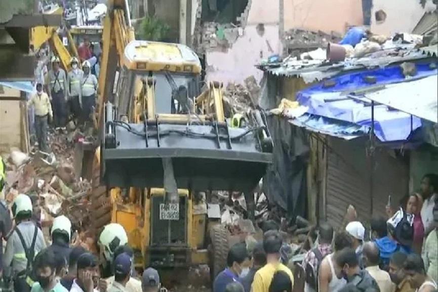 mubai building accident