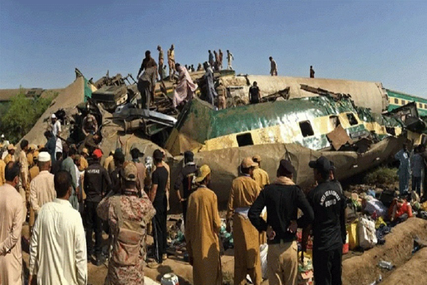 Pakisthan-train Accident