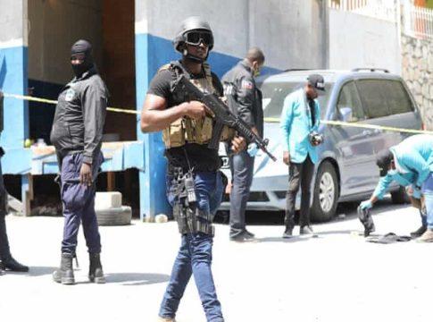Haiti seeks US, UN troops' help