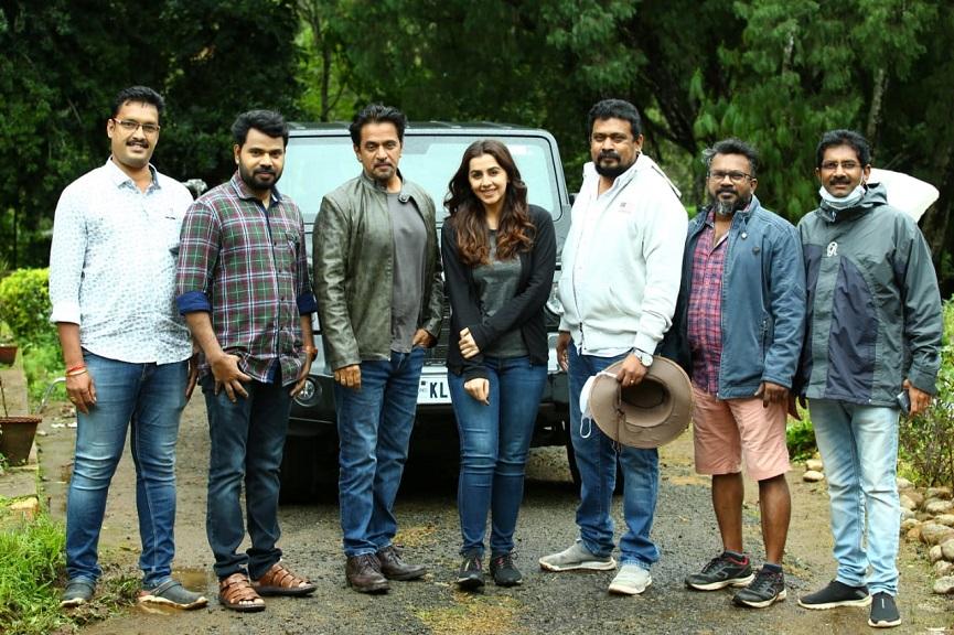 Kannan Thamarakkulam Resumes 'Virunnu' Movie