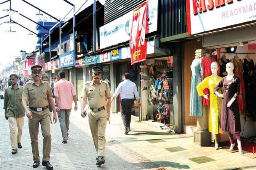 Permission for street vendors on sm street
