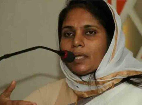 Shahida-Kamal ake-complaint-against-men