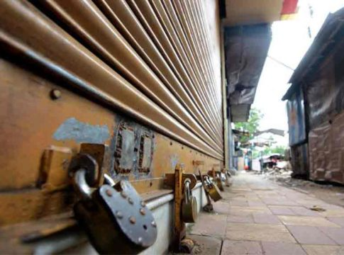 strike called off by traders