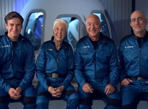 jeff-bezos-space-flight