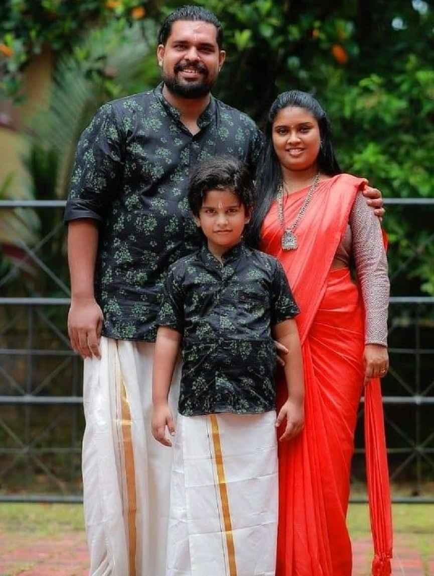 Rohit Usha Raj and family