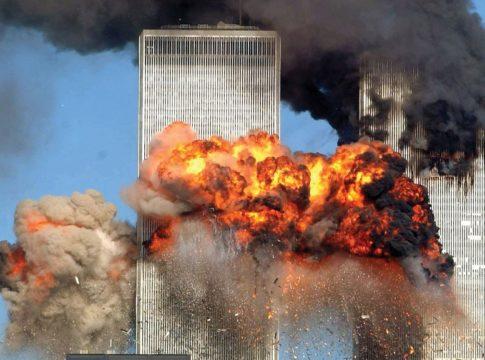 Smoke-flames-twin-tower
