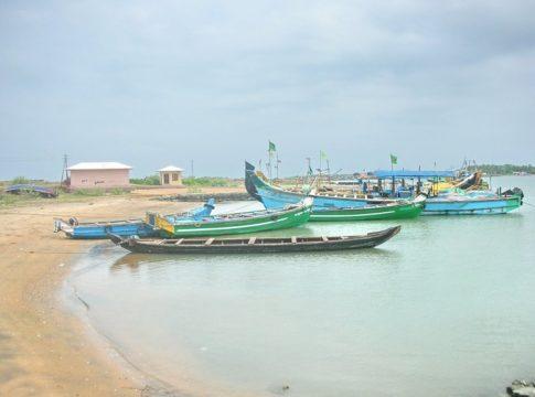 ponnani fishing harbour