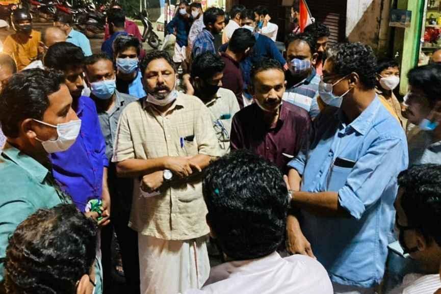 Protest in Ponnani against the arrest of Priyanka