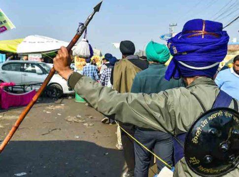 Joint Kisan Morcha says Nihang has taken responsibility