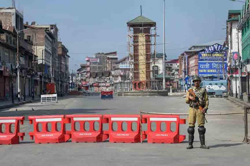 Terrorists-attack-in-Srinagar