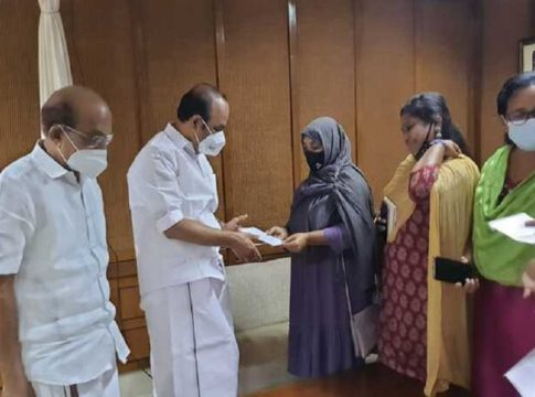 siddique-kappan-wife-meets-opposition-leader